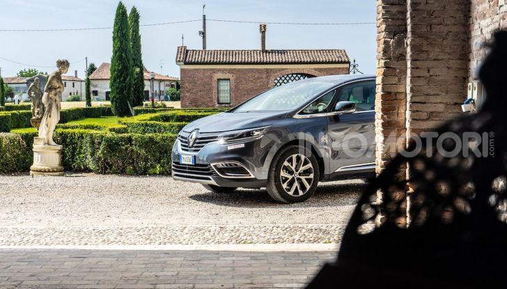 Nuova Renault Espace, prova dell'1.8 TCe Energy da 225CV - Foto 2 di 30