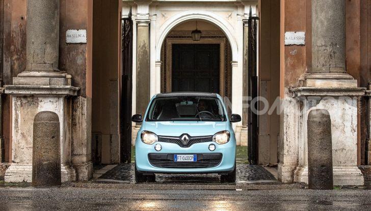 Renault Twingo GPL 2018: prova su strada della citycar ecologica - Foto 20 di 22