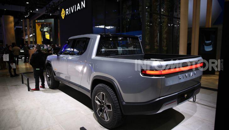 Rivian R1T, il pick-up elettrico da 764 CV - Foto 1 di 32