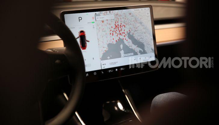 Tesla On Tour, test drive in 18 città italiane dal 19 luglio - Foto 21 di 22
