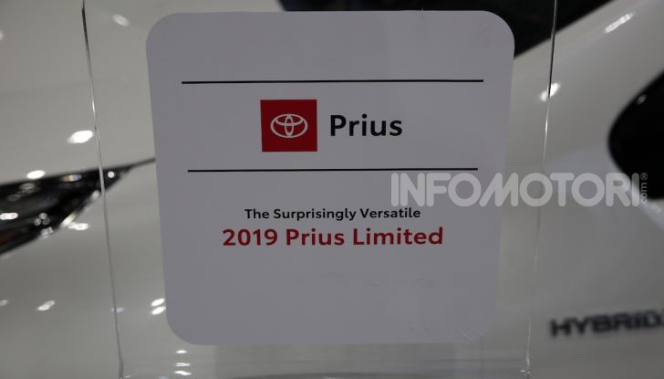 Nuova Toyota Prius AWD-i 2019, il nuovo ibrido anticipa il futuro - Foto 4 di 9