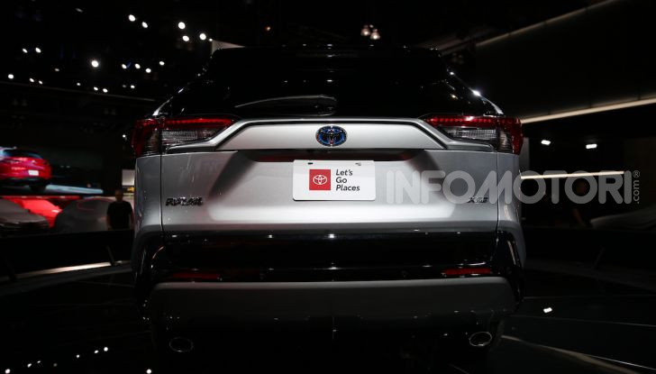Tutte le novità di Toyota presentate al Salone di Los Angeles 2018 - Foto 15 di 33