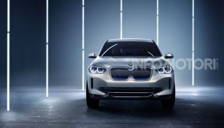 BMW iX3 2020: il SUV elettrico premium è Made in Cina - Foto 17 di 59