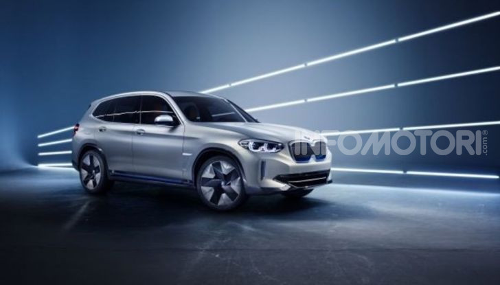 BMW iX3 2020: il SUV elettrico premium è Made in Cina - Foto 18 di 59