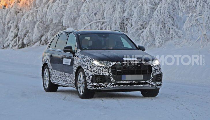 Audi Q7, primi test per la nuova generazione - Foto 5 di 28