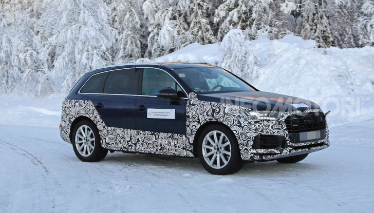 Audi Q7, primi test per la nuova generazione - Foto 27 di 28