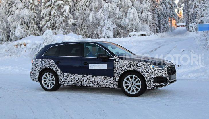 Audi Q7, primi test per la nuova generazione - Foto 10 di 28