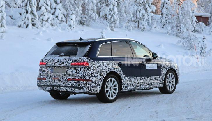 Audi Q7, primi test per la nuova generazione - Foto 28 di 28