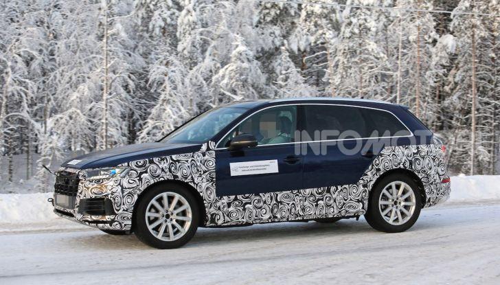 Audi Q7, primi test per la nuova generazione - Foto 9 di 28