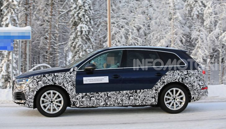 Audi Q7, primi test per la nuova generazione - Foto 11 di 28