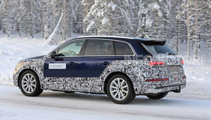 Audi Q7, primi test per la nuova generazione - Foto 8 di 28