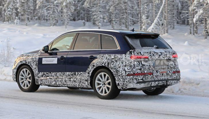 Audi Q7, primi test per la nuova generazione - Foto 12 di 28