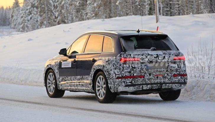 Audi Q7, primi test per la nuova generazione - Foto 4 di 28