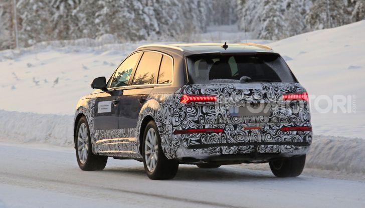 Audi Q7, primi test per la nuova generazione - Foto 7 di 28