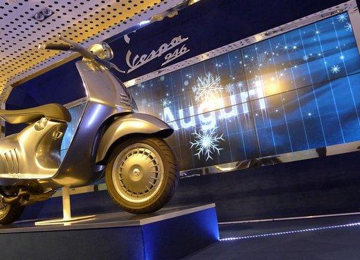 Vespa 946 in mostra allo Spazio Broletto 13 - Foto 4 di 28