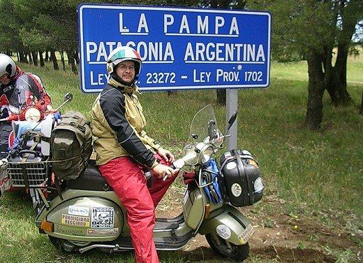 Hasta la fin del mundo… in Vespa, il viaggio di Lorenzo Franchini - Foto 6 di 65