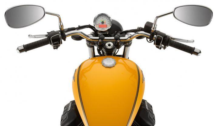 Moto Guzzi V9 Roamer e Moto Guzzi V9 Bobber: the italian custom - Foto 23 di 27