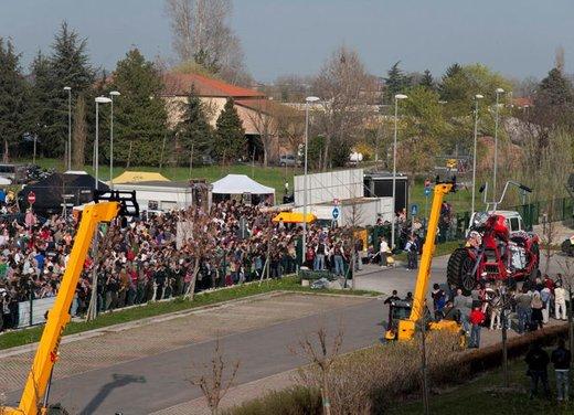 La moto più grande del mondo è italiana - Foto 6 di 10