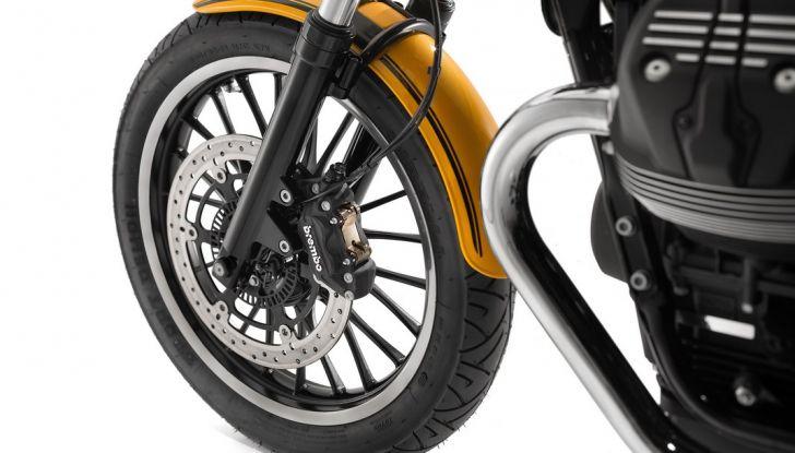 Moto Guzzi V9 Roamer e Moto Guzzi V9 Bobber: the italian custom - Foto 24 di 27