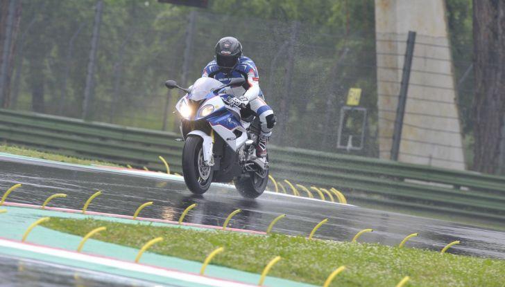 Pirelli SBK Track Days: a Imola con la BMW S1000RR - Foto 2 di 38