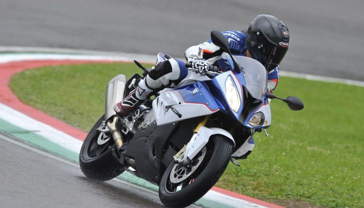 Pirelli SBK Track Days: a Imola con la BMW S1000RR - Foto 5 di 38