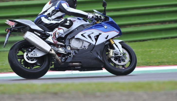 Pirelli SBK Track Days: a Imola con la BMW S1000RR - Foto 7 di 38