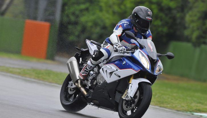 Pirelli SBK Track Days: a Imola con la BMW S1000RR - Foto 9 di 38