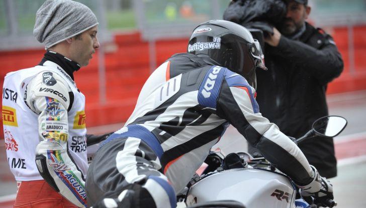 Pirelli SBK Track Days: a Imola con la BMW S1000RR - Foto 10 di 38