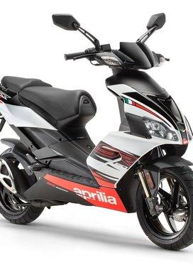 Aprilia SR50 prezzi e offerte - Foto 2 di 8
