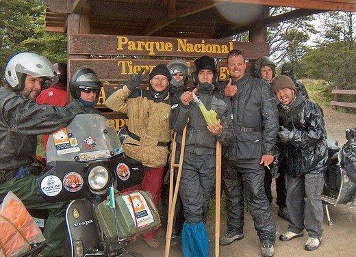 Hasta la fin del mundo… in Vespa, il viaggio di Lorenzo Franchini - Foto 27 di 65