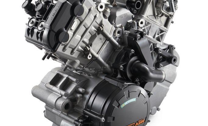 KTM 1050 Adventure: Prova su strada, prestazioni e prezzo - Foto 30 di 48