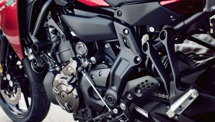 Nuova Yamaha Tracer 700 2016: Caratteristiche, dettagli e video - Foto 16 di 28