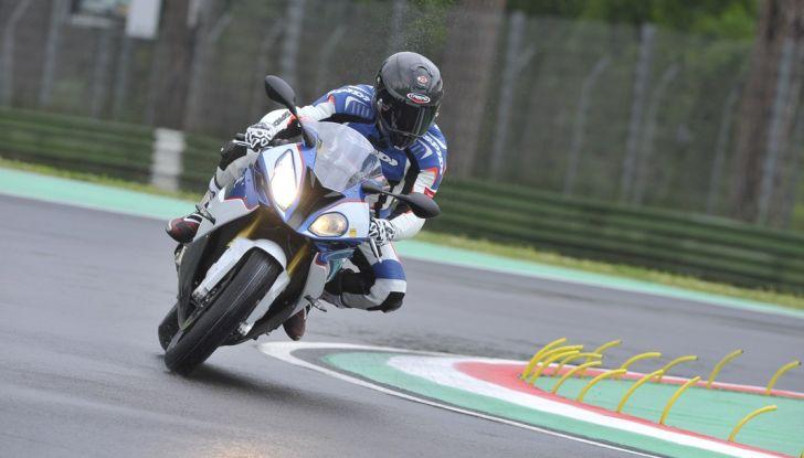 Pirelli SBK Track Days: a Imola con la BMW S1000RR - Foto 11 di 38