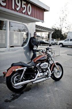 Harley Davidson 1200 Custom - Foto 23 di 34