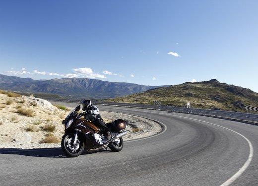 L'innovazione arriva dal turismo: Yamaha FJR 1300A - Foto 2 di 30
