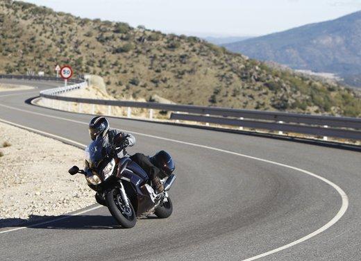 L'innovazione arriva dal turismo: Yamaha FJR 1300A - Foto 7 di 30