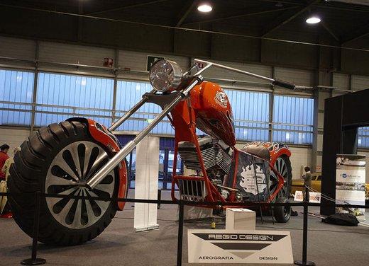 La moto più grande del mondo è italiana - Foto 9 di 10