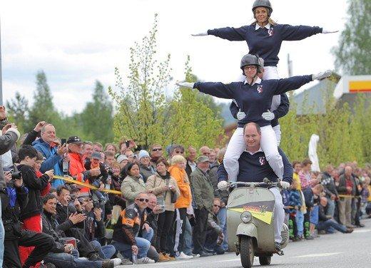 Vespa World Days 2011: in Norvegia a migliaia per festeggiare i 65 anni di Vespa - Foto 3 di 20