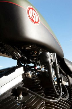 Harley Cafe Sportster by Roland Sands - Foto 38 di 38