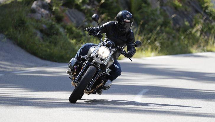 Prova della nuova BMW nineT Scrambler: due ruote selvaggia! - Foto 6 di 22