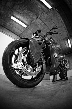 BMW F 800 R by Vilner Custom Bike Predator - Foto 20 di 21