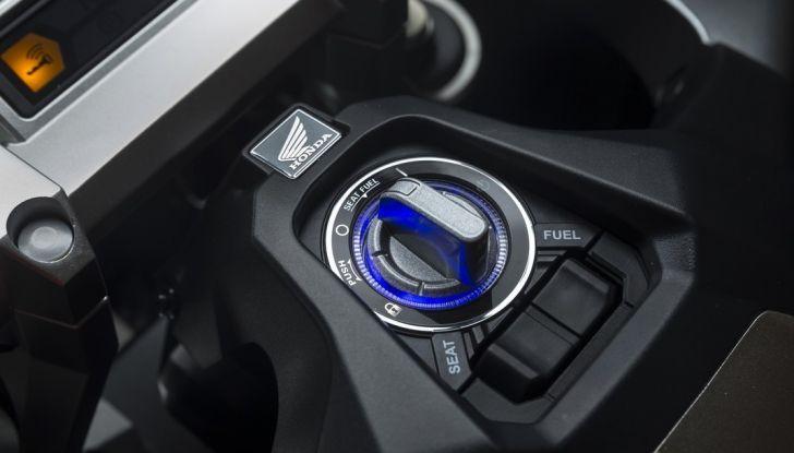 Honda X-ADV, prova su strada: 8 buoni motivi per cui ci è piaciuta - Foto 20 di 35