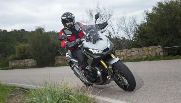 Honda X-ADV, prova su strada: 8 buoni motivi per cui ci è piaciuta - Foto 28 di 35