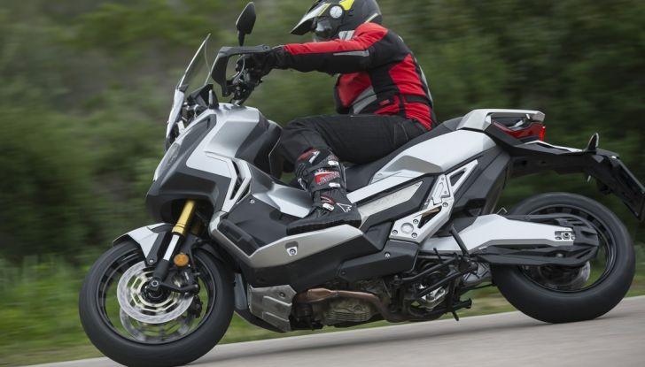 Honda X-ADV, prova su strada: 8 buoni motivi per cui ci è piaciuta - Foto 30 di 35