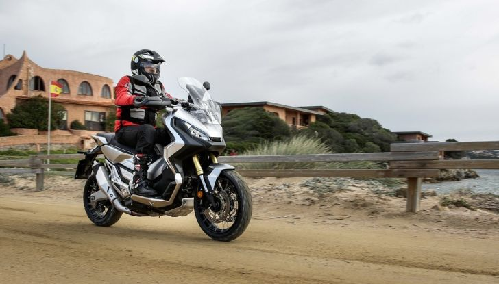 Honda X-ADV, prova su strada: 8 buoni motivi per cui ci è piaciuta - Foto 35 di 35