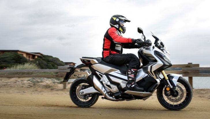 Honda X-ADV, prova su strada: 8 buoni motivi per cui ci è piaciuta - Foto 5 di 35