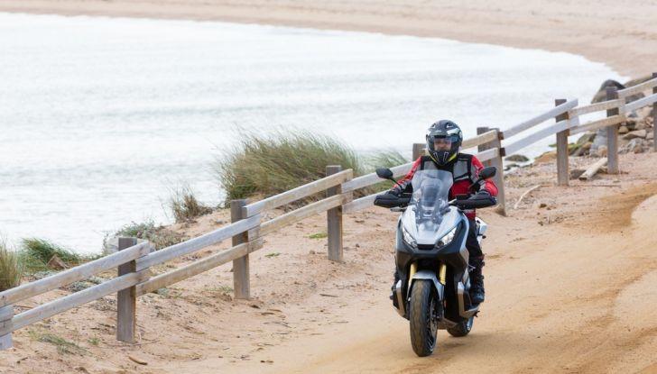Honda X-ADV, prova su strada: 8 buoni motivi per cui ci è piaciuta - Foto 2 di 35