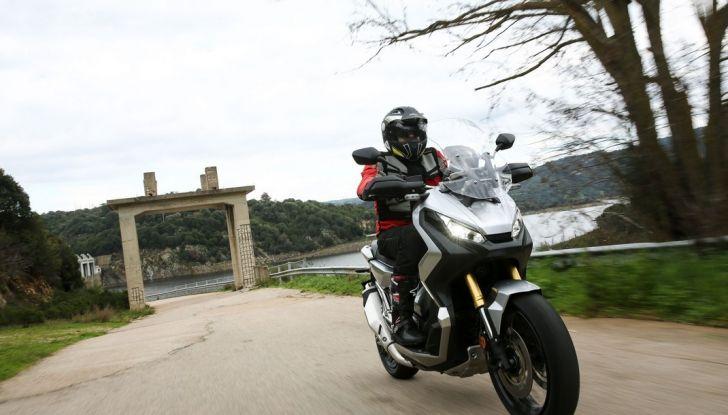 Honda X-ADV, prova su strada: 8 buoni motivi per cui ci è piaciuta - Foto 6 di 35
