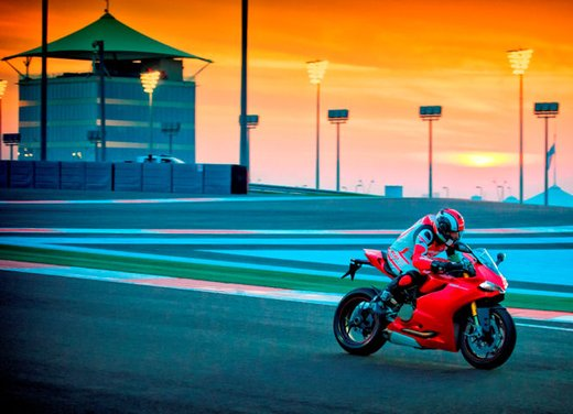 Ducati Riding Experience 2013 in sella a Ducati 1199 Panigale, Multistrada, Hypermotard e Monster - Foto 5 di 8