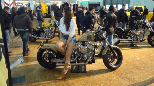 Tutte le più belle ragazze del Motor Bike Expo 2013 – Seconda fotogallery